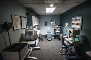 eye doctor office exam room